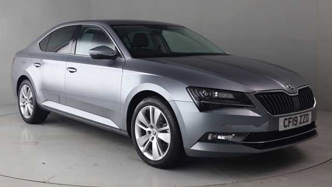 SKODA Superb 2.0 TDI SCR (190PS) SEL Executive DSG H/B